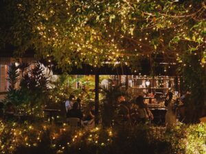 YOUNGS - Alfresco Dining